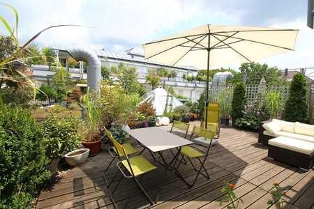 Komplett möblierte, attraktive 2-Zimmer-Wohnung mit großer Dachterrasse in Maxfeld (Nürnberg)