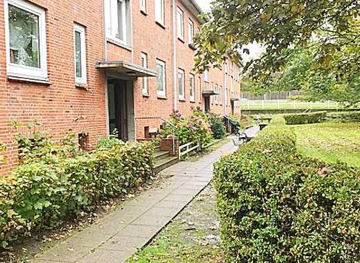Frisch renoviert - Gemütliche 3-Zimmer-Dachwohnung - ruhige Wohnlage!