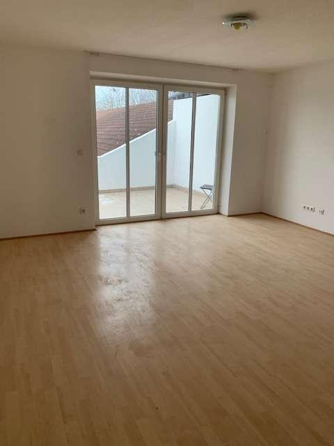 +Steinhöring+ Großzügige 2,5-Zi.-Wohnung , Wohnküche, sonniger Balkon, gepflegte Ausstattung in