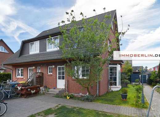 IMMOBERLIN: Perfekte Doppelhaushälfte mit Südwestgarten in sehr familienfreundlicher Lage