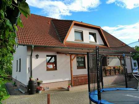 Helle 4-Zimmer-Wohnung in ruhiger Siedlung von Nüdlingen in Nüdlingen