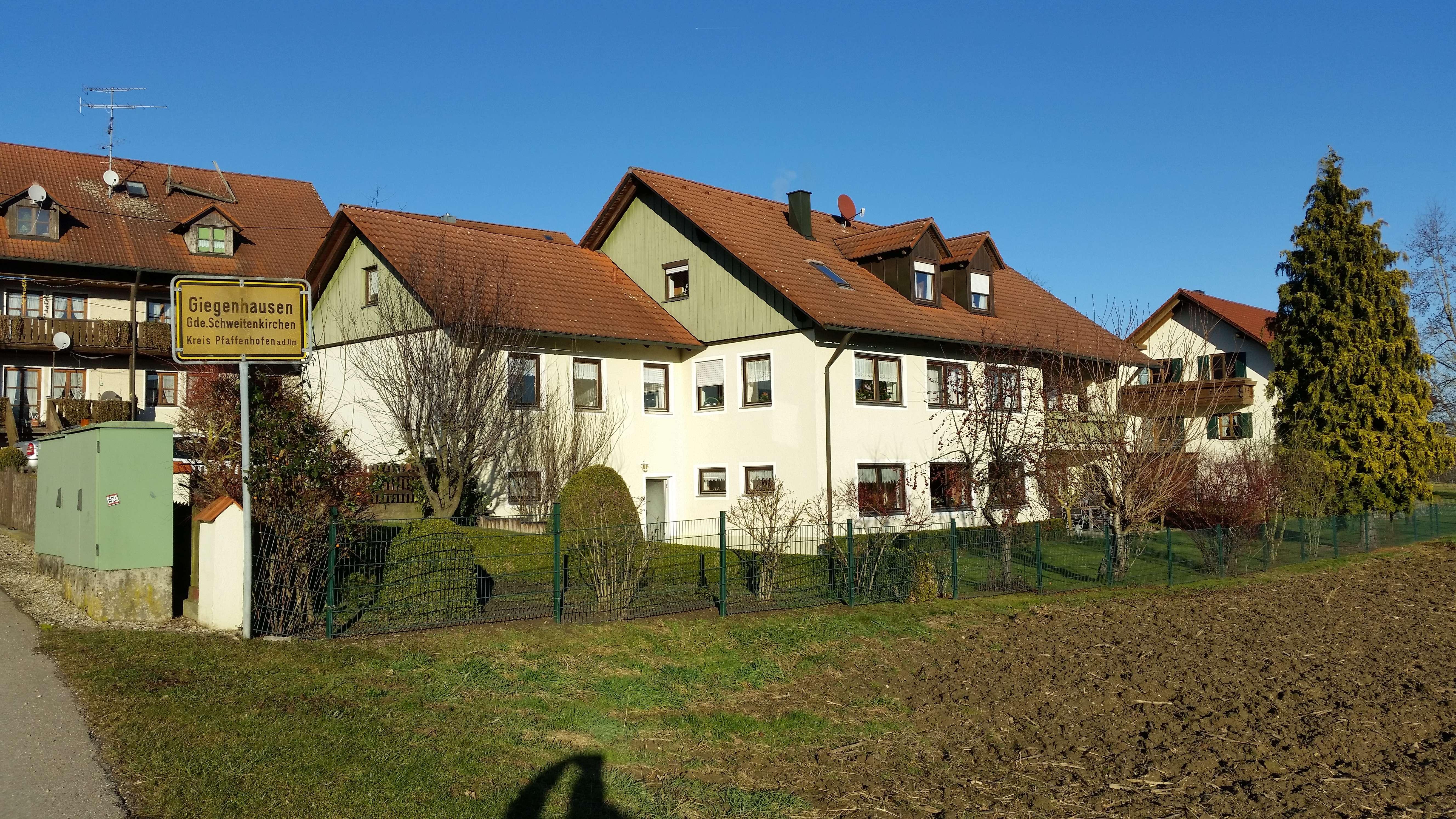 Gepflegte 3,5 Zimmer-Erdgeschosswohnung mit Terrasse auf Wunsch mit Einbauküche in Schweitenkirchen in Schweitenkirchen
