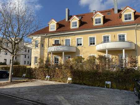 Herrliche sehr großzügige Wohnung, hochwertig ausgestattet ,  mit Balkon in bester Lage in Mühldorf am Inn