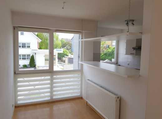 Gepflegte 2-Zimmer-Wohnung mit Balkon und EBK in Ingelheim