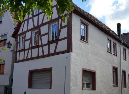 Historisches Mehrfamilienhaus in zentraler Altstadtlage - provisionsfrei!