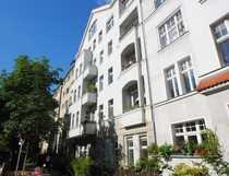 Bild Großzügiges Wohnen in ruhiger Platzlage nahe Schloß Charlottenburg und Spree --  Aufzug & Stellplatz