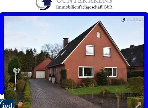 Wohnhaus mit großem Nebengebäude in Westerstede - Burgforde