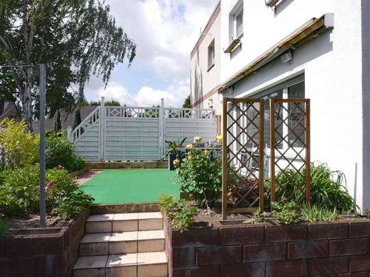 Gepflegte Doppelhaushälfte im Rudower Blumenviertel - Bild 9