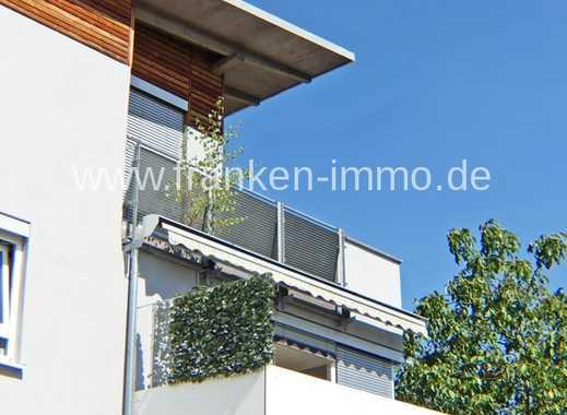 Helle 3 Zimmer Penthouse-Wohnung mit  großer Terrasse, EBK, TG.-Stellplatz, in Zirndorf.