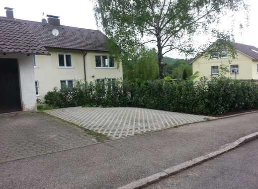 2 Parkplätze frei! Hebelweg/ Markgrafenstraße! Badenweiler!