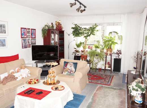 Schöne 4 - Zimmer Wohnung mit Balkon in zentraler Lage von Köln- Kalk