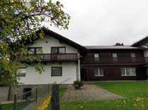 Bild Wohnhaus mit Anbau in absolut ruhiger und sonniger Ortsrandlage mit Ausblick