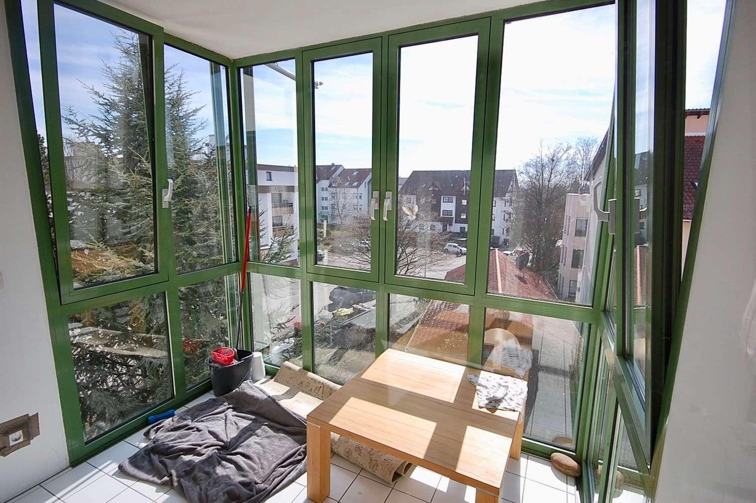 Sonnige 3 Zimmerwohnung mit Wintergarten 30 Min. bis München