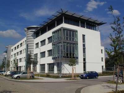 Projektiertes Bürogebäude - Flächen nach Maß!