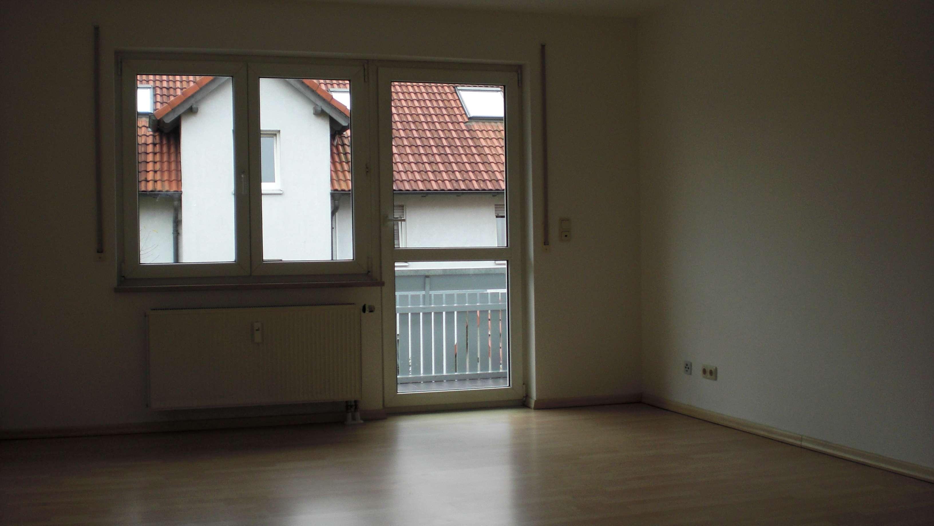 Moderne 3-Zimmer Wohnung mit Balkon in Baiersdorf