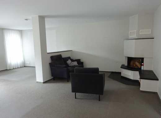 Helle, sehr großzügige 3,5-Zimmer-Wohnung mit Kamin  in Bergisch Gladbach Refrath