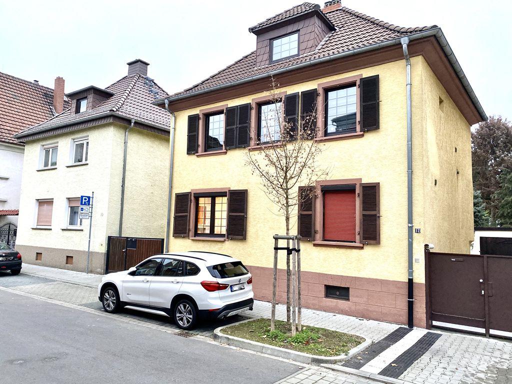 Haus-Ansicht 1