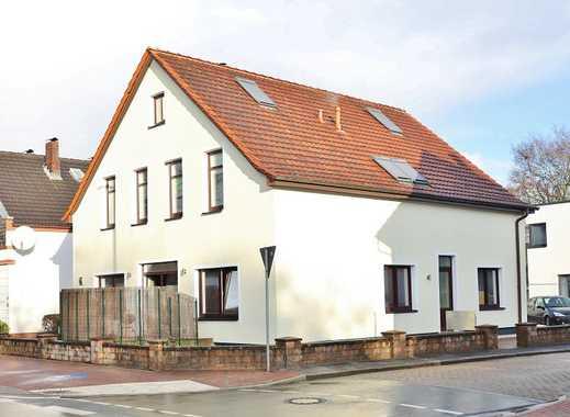 TT Immobilien bietet Ihnen: Exklusiv modernisiertes 3-Familienhaus in Neuengroden / Heppens!