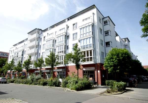 2 Zimmer-Wohnung mit offener Küche in gepflegter Wohnanlage zu vermieten!