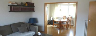 Schöne 3,5 Zimmer-Wohnung mit Einbauküche, Süd-/Westbalkon und Garage in Bad Oeynhausen-Dehme