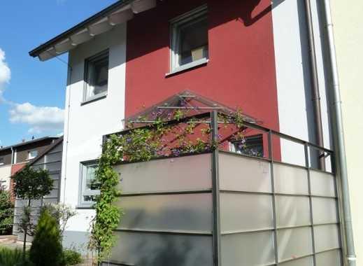 NEU: 1.570 €, 126 m², helle 4 Zimmer Maisonette-Wohnung in ruhiger Lage
