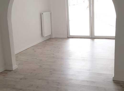 *Erstbezug nach Altbau-Sanierung: 4 ZKB Terrasse im Hausstil! Alter Ortskern v.Bodenheim*