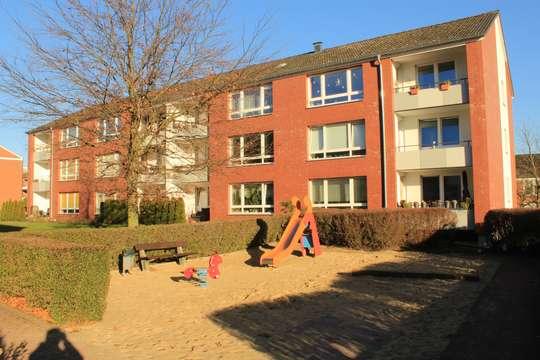 Großzügige 3-Zimmer Wohnung mit Balkon in Seevetal, Weiße Heide 9