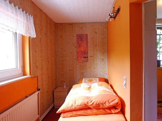 120m² Wohnung inkl. Garten, Terrasse und Garage in einem 2-Familienhaus - Bild 13
