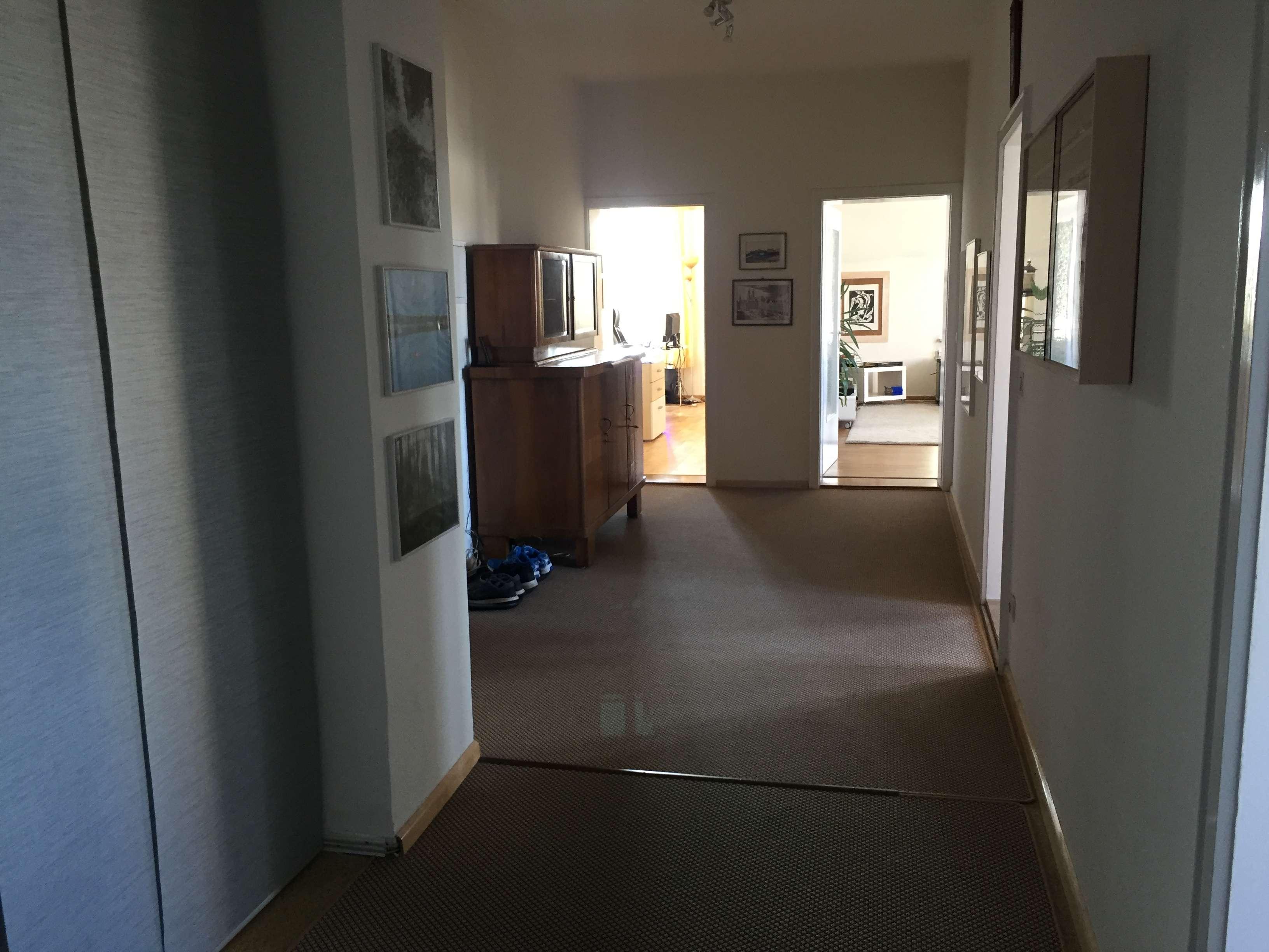 Herrliche Altbauwohnung - 3 Zimmer mit viel Platz!