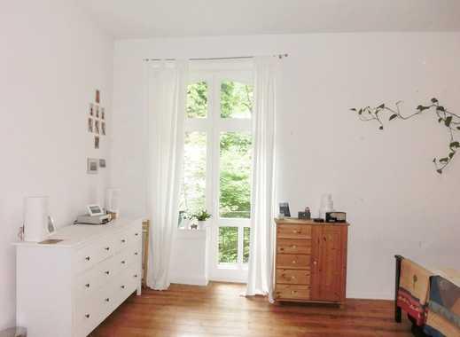 *4 ZKB Jugendstil-Altbauwohnung mit  2 Balkonen und Loggia in Bestlage*