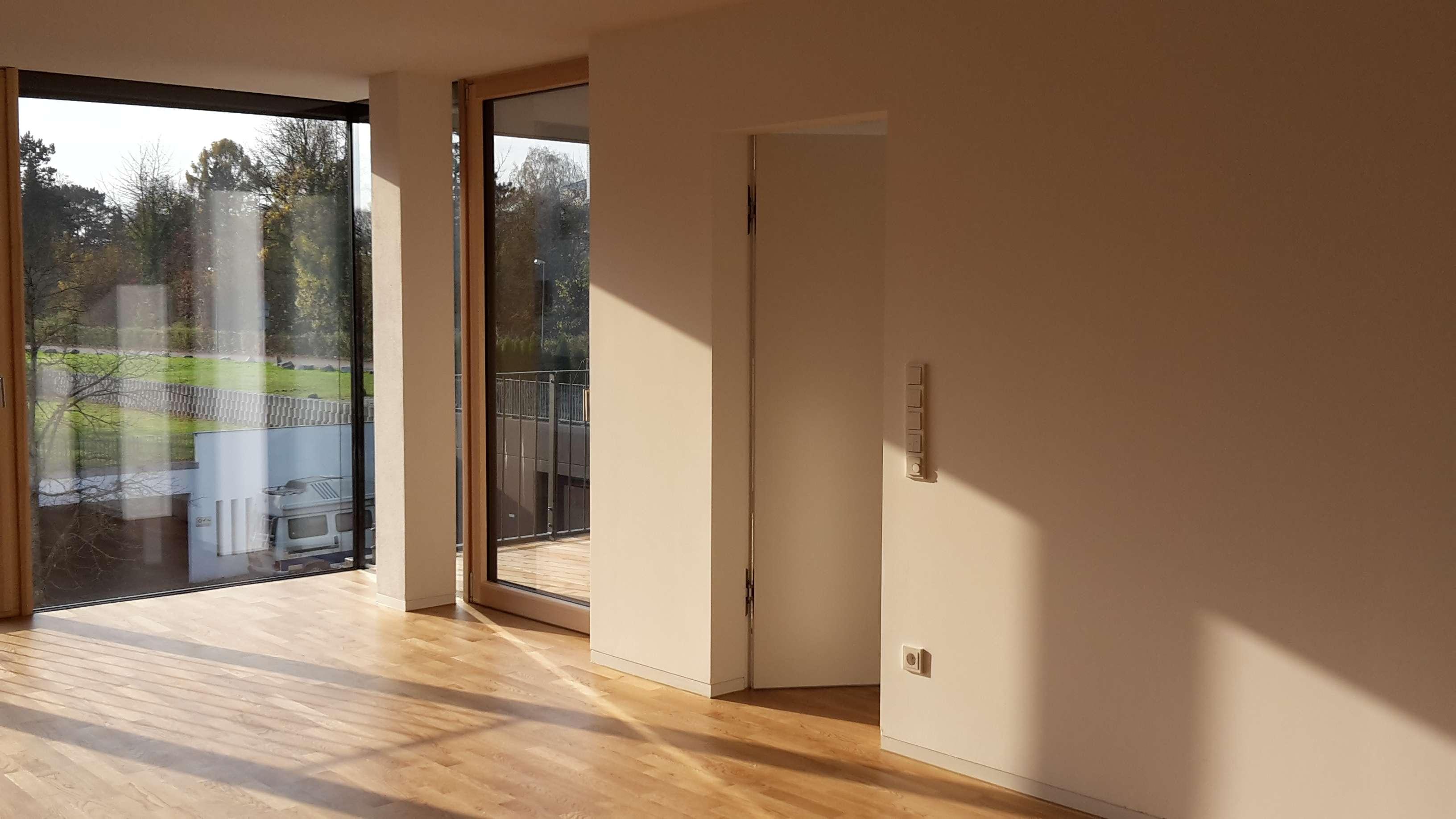 Großzügige Zwei-Zimmer-Wohnung in modernem Mehrfamilienhaus
