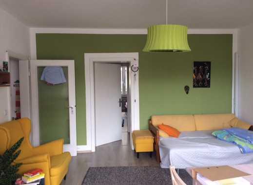Zentral gelegen zur City. Schöne 2,5 Raum-Wohnung mit Balkon