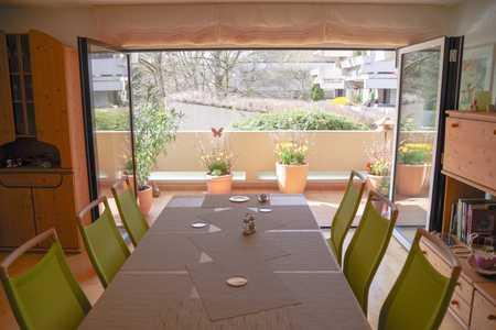Familienfreundliche sechs Zimmer Wohnung,  hoher Freizeitwert, unmittelbare Isarnähe in Harlaching (München)