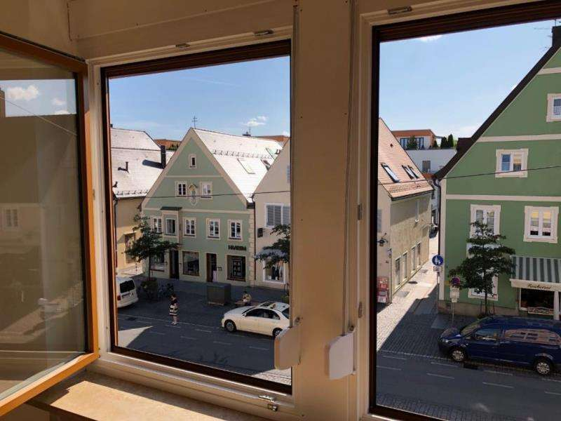 Großzügiges, ruhiges Wohnen und Arbeiten in der Hauptstraße von Fürstenfeldbruck     in Fürstenfeldbruck (Fürstenfeldbruck)
