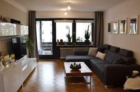 helle 4-Zimmer-Wohnung mit Balkon und Einbauküche in unmittelbarer Altstadtnähe in Altstadt (Landshut)