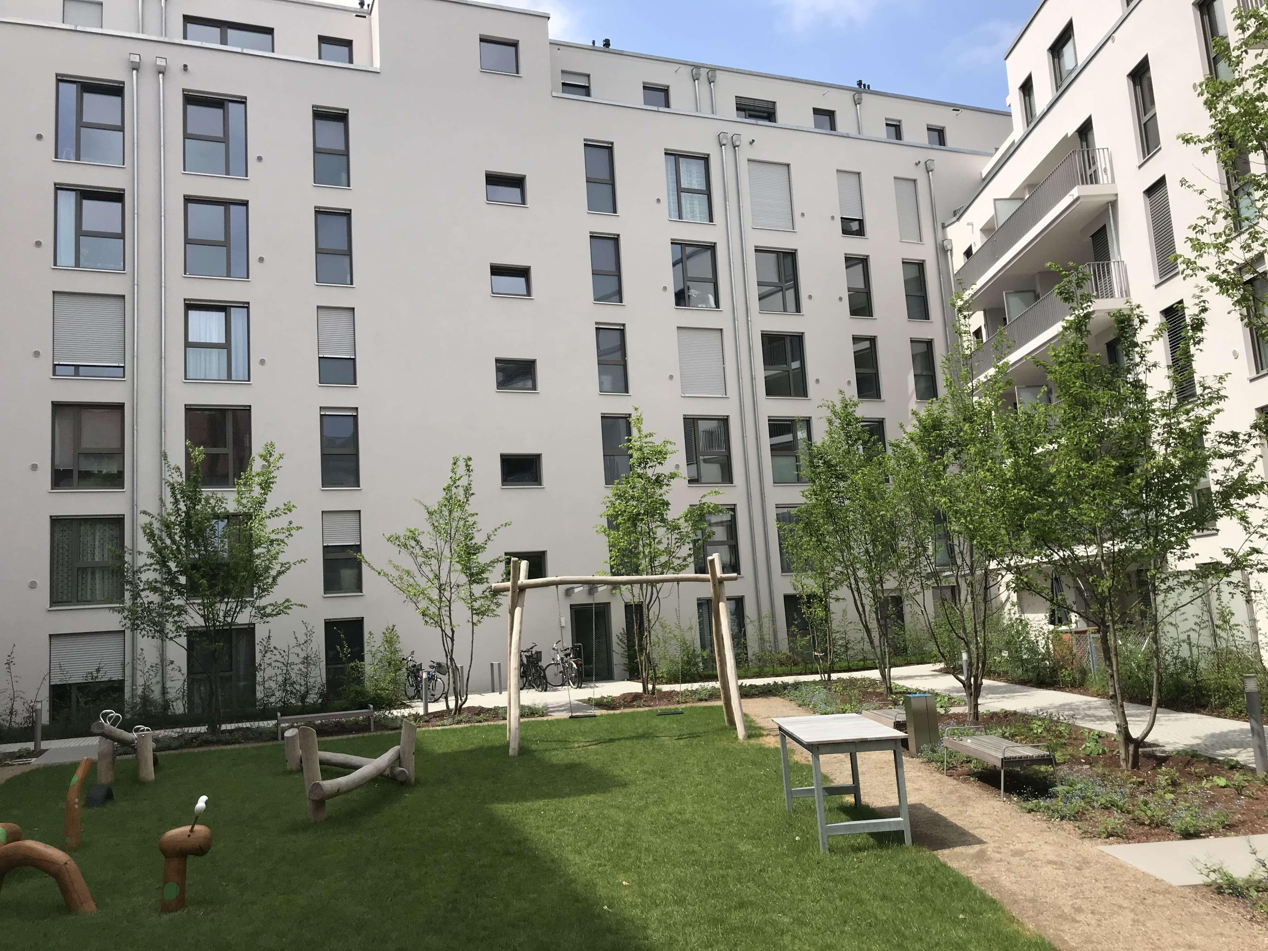 Großzügige 3,5-Zimmer-Wohnung mit Loggia in Nürnberg - St. Johannis
