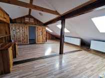 Zentral gelegene 2-Zimmer-Dachgeschosswohnung im 4