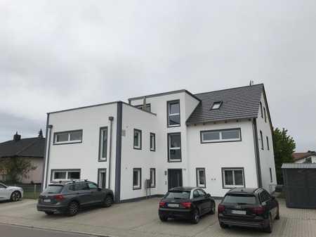 Neuwertige 3-Zi-DG-Wohnung mit genialer Dachterrasse in Gaimersheim