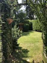 Großzügige Doppelhaushälfte mit Garten und