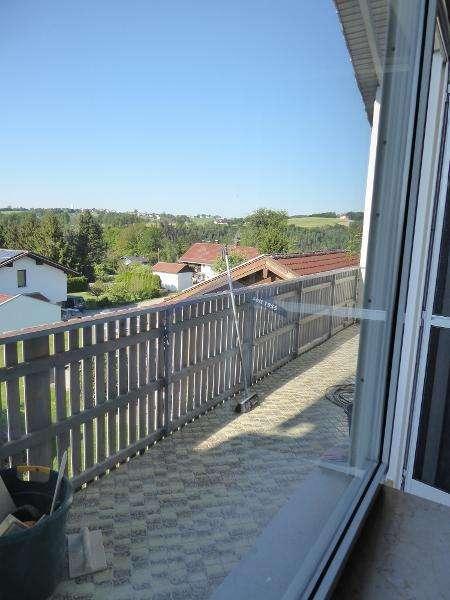 Passau Salzweg schöne 4-Zimmer-Wohnung mit Balkon in
