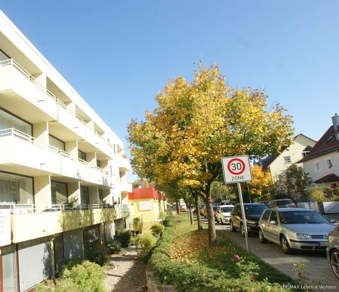 RE/MAX - Pasing 1 Zimmerappartement - voll möbliert+Balkon in Pasing (München)
