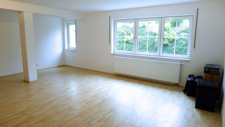 :::Freundliches, modernes Souterrain- Appartement::: in