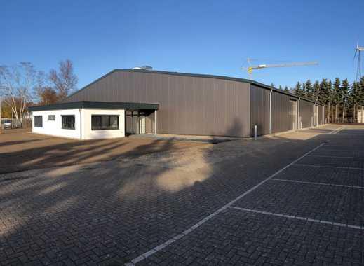 Halle Neuwertig, zirka 2000 qm