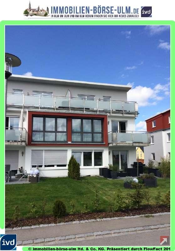 Schicke- geräumige 3 Zimmer-Wohnung mit Balkon