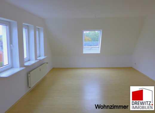 Schwarmstedt-Ortskern, komplette Etage (2. OG / DG), 4 Zimmer - ca. 100 m², Einbauküche vorhanden