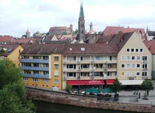Wohnen am Fluss mit Panoramabalkon