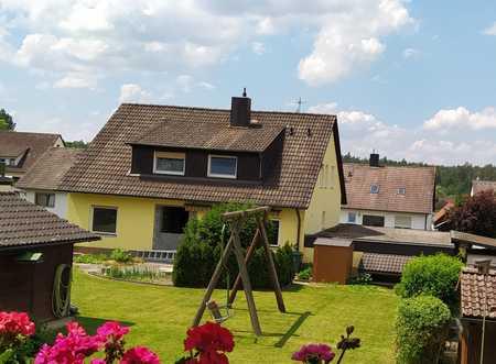 Generalsanierte 3-Zimmer-Hochparterrewohnung mit Terrasse und Garten in Neunkirchen a. S., Speikern in Neunkirchen am Sand