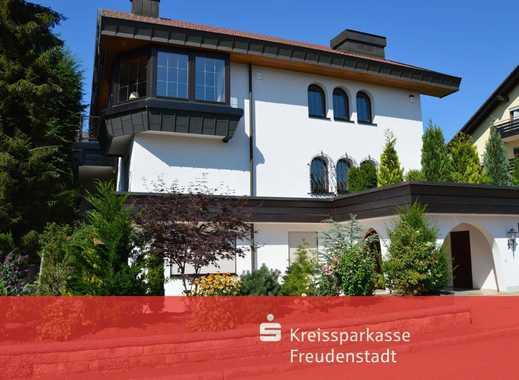 Wohnhaus mit Einliegerwohnung und Büroräumen in exklusiver Lage in Freudenstadt