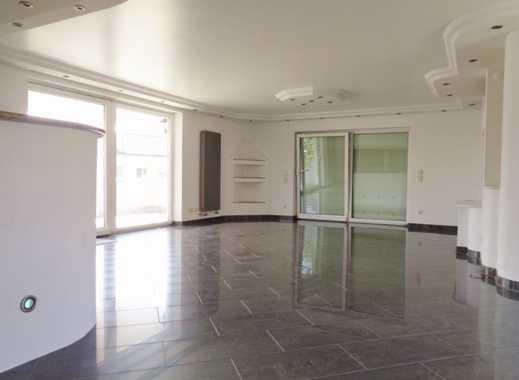 Luxus auf 150 m² Wfl., EBK, Wintergarten, 2 Balkone, Garten, Garage, Stellplatz