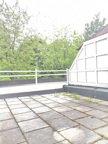SEHR ATTRAKTIVE ELEGANT MÖBLIERTE 2-ZI-TERRASSEN-WHG,ca.65m²,1.OG,TOP-NORD-SCHWABING b. NORDFRIEDHOF in Schwabing (München)